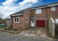 3 bed End of Terrace house for sale in Cook Road, Horsham