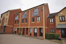 1 bedroom Flat in Taylor Close, Kingswood