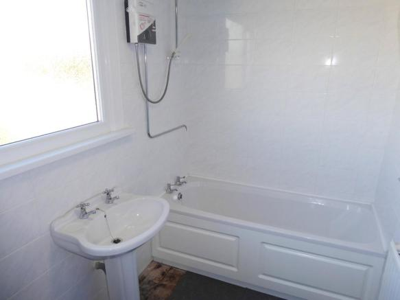 ELECTRIC SHOWER o...