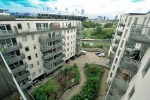 2 bed Apartment to rent in Wick Lane, London, E3