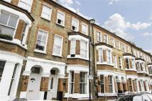 Flat to rent in Rita Road, London, SW8