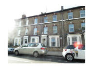 4 bed Terraced house in Brook Drive, London, SE11
