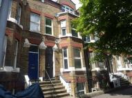 Flat to rent in Southwark Bridge Road...