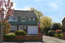 3 bedroom Detached property in Rennets Wood Road...