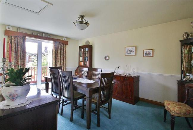 DINING ROOM / FOURTH BEDROOM