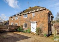 3 bed semi detached house in Manor Road...