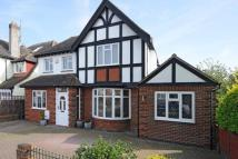 4 bed Detached home in Amesbury Crescent Hove...