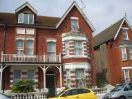 2 bedroom Flat in Albert Road...