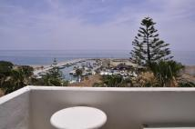 2 bed Flat for sale in Puerto Cabopino...