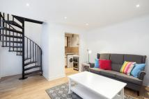 1 bed Town House to rent in Watson Mews...