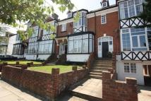 2 bedroom Flat in SUNNY GARDENS ROAD HENDON