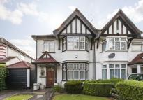 semi detached home to rent in KINGS CLOSE, HENDON...