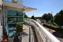 Flat for sale in Sovereign Quay...