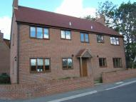 Flat to rent in Coronation Avenue, Upton...