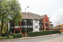 2 bed Flat in Norton Way South...