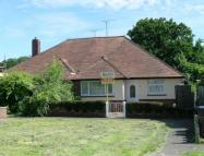 2 bed Bungalow in Meeds Road, Burgess Hill...
