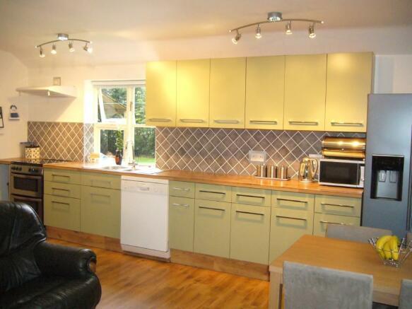 kitchen to annexe