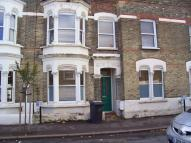 4 bed property in Elm Park, London, SW2