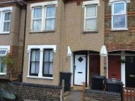 Flat to rent in DARTNELL ROAD, Croydon...