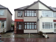 3 bedroom End of Terrace house for sale in Hamden Crescent, Dagenham