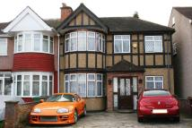 4 bed End of Terrace property in Hartford Avenue, Kenton...