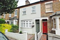 3 bedroom property in Osterley Park View Road...
