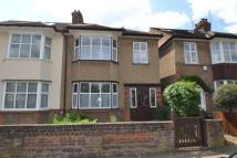 3 bedroom property in Southdown Avenue, Hanwell