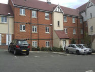 2 bed Ground Flat to rent in 3 Radial Court...