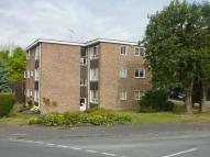 Flat to rent in CARPENDERS PARK
