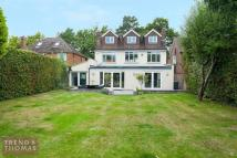 6 bed Detached home in Old Barn Lane...