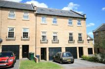 4 bed Town House for sale in Farnley Road...