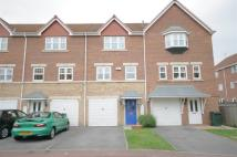 Town House for sale in Cavalier Court...