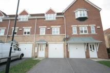 3 bed Town House in Cavalier Court...