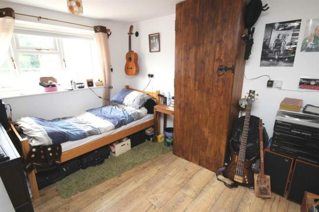 GF BEDROOM 5