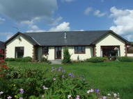 3 bedroom Detached Bungalow in Erw Haf, Llanwrtyd Wells...