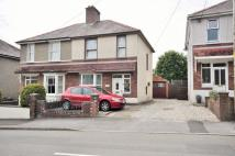 semi detached house in 8 Jobswell Road...