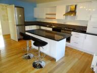 2 bed Flat to rent in 4 Woodseats Mews...