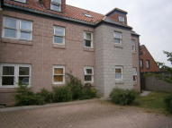 Ground Flat to rent in 24 Castlegate Court...