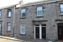 2 bedroom Ground Flat in Brucegate...
