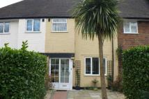 High Road Terraced house to rent