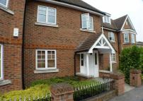 Apartment to rent in High Court, Byfleet...