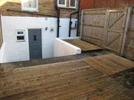 Studio apartment in Stanley Road, Cowley...