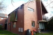4 bedroom Flat in Hayfield Road...