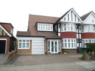 4 bedroom house in The Ridgeway, Kenton, HA3