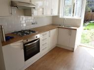 Flat to rent in Leybourne Road...