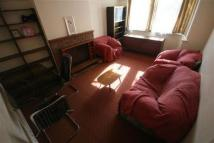 2 bedroom Flat to rent in Alexandra Avenue...