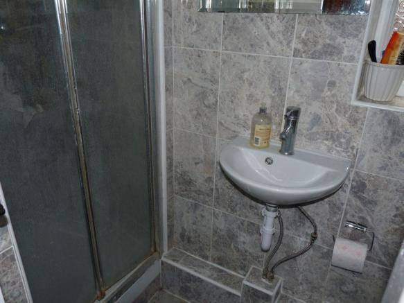 Guest WC/Shower Room