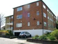 Flat to rent in Preston Hill, Kenton, HA3