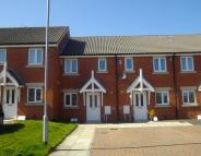 2 bed home in Hawthorn Road...