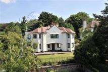 5 bed Detached home in Caldy Rd, West Kirby